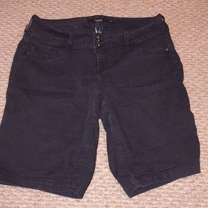 Torrid Black Denim Bermuda Jean Shorts 18